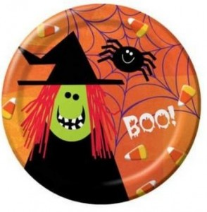 Halloween witch paper plates image 294x300 Kids Halloween Party Ideas: One Eyed Hot Dog Monsters Recipe